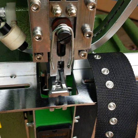 Automatic Feed Snap Button Press Machines