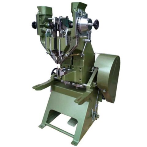 Dual heads adjustable automatic riveting machine