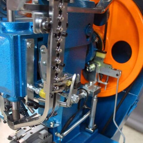 Jeans button Automatic Fixing Machine