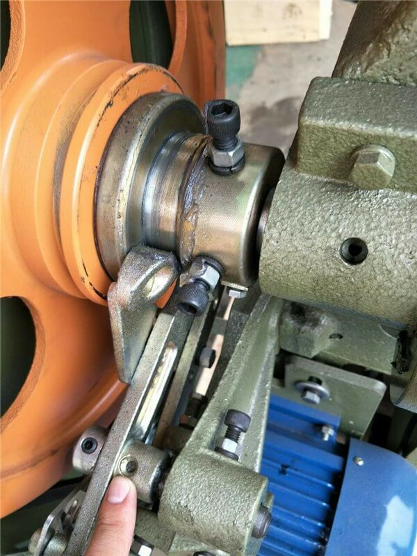 How to Maintenance Rivet Machines